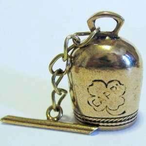 154368578_-clover-shamrock-san-michele-capri-bell-in-bronze-3-.jpg