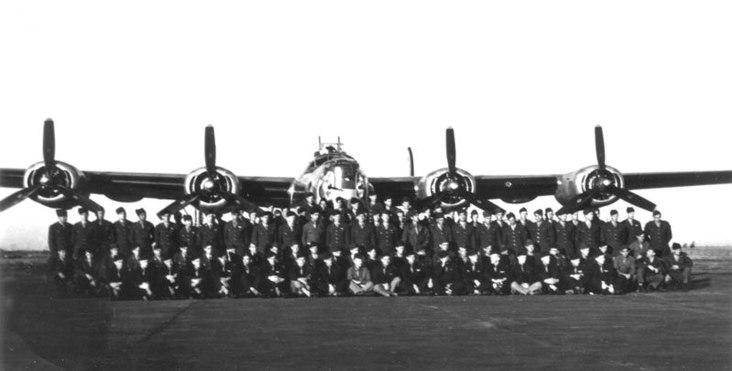 655th_Bombardment_Squadron_-_1944.jpg