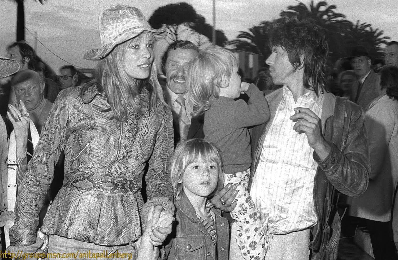 Anita-Pallenberg-and-Keith-Richards-1970s.jpg