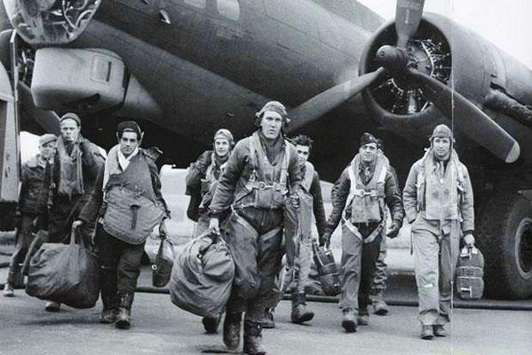 b-17-crew.jpg