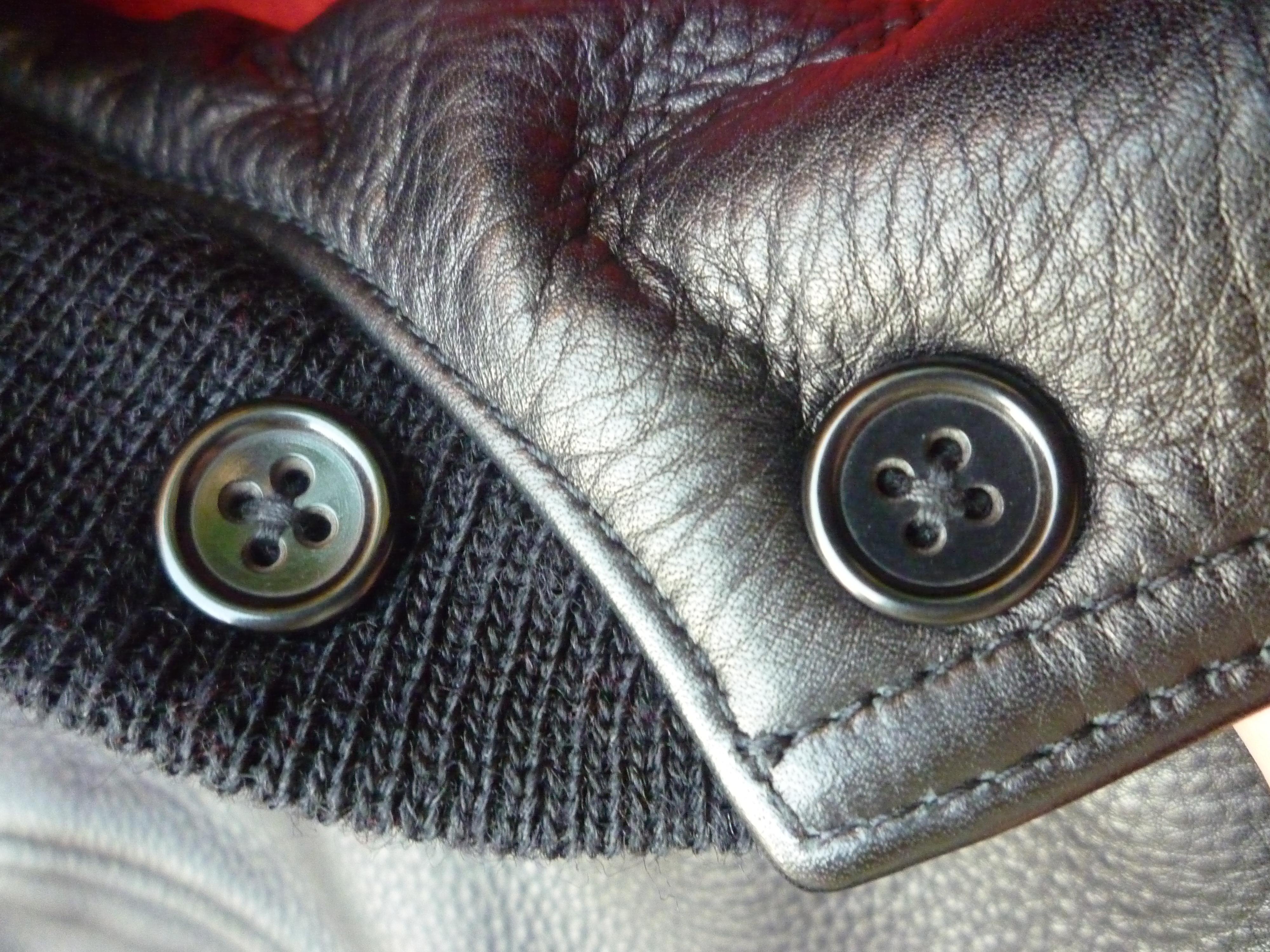 Casien-Buttons.jpg