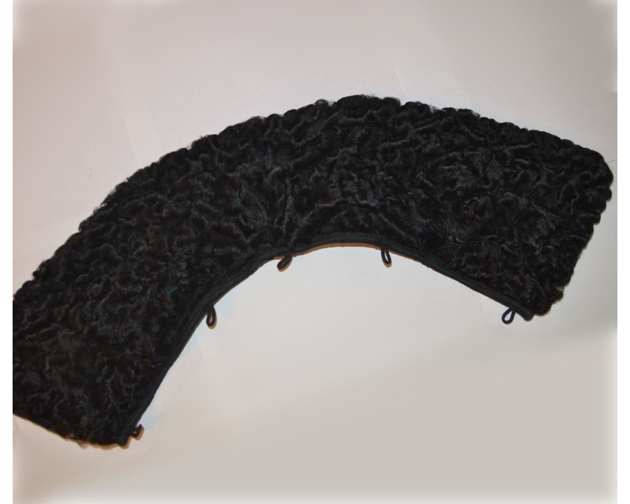 Collar_karakul_black_1_1-1250x1000.jpg