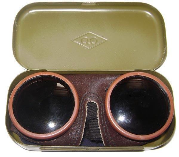 Glasses-1250x1000.jpg