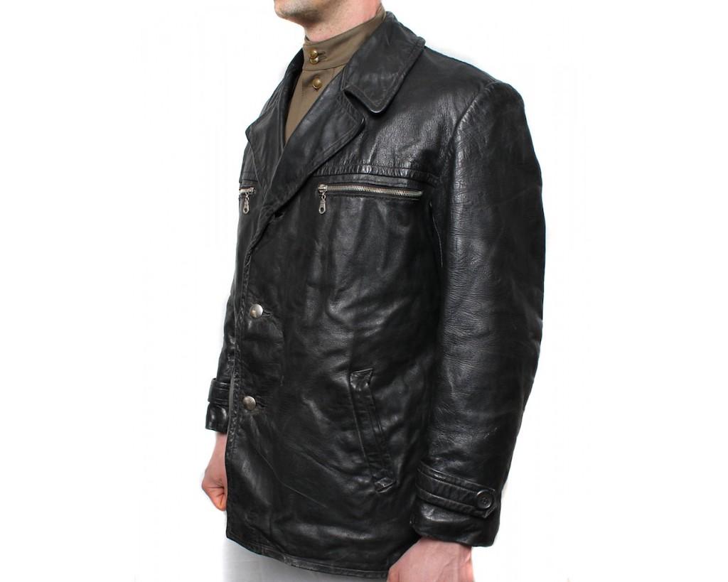 JacketBlackTank2-1250x1000.jpg
