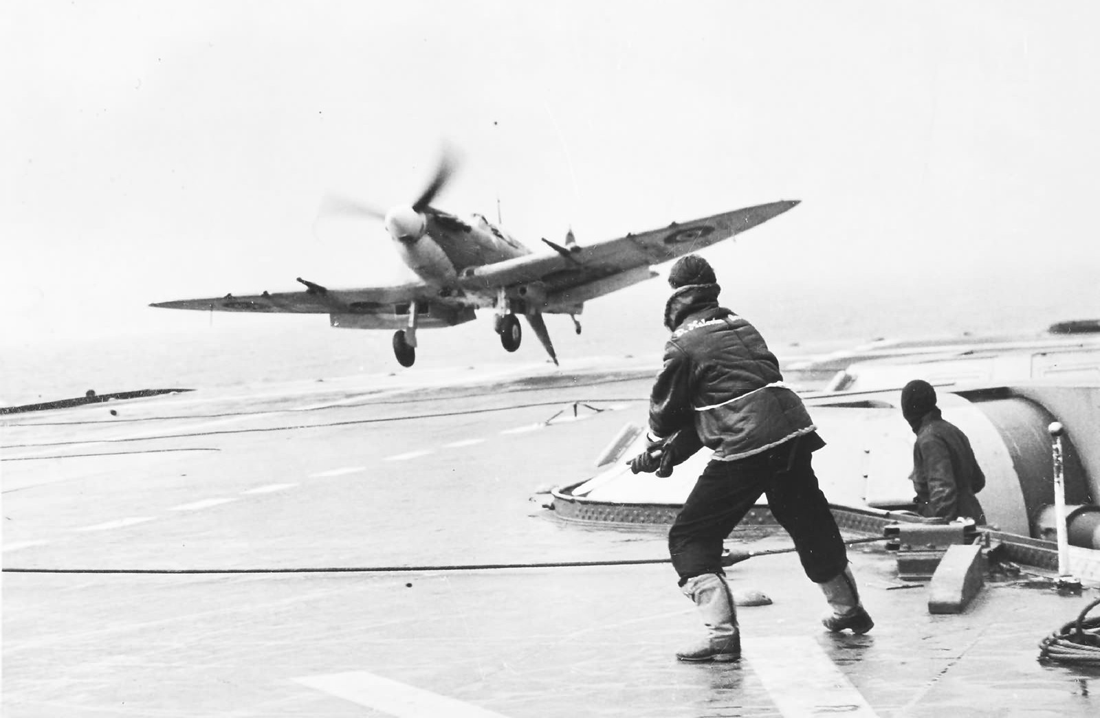 seafire_HMS_Indomitable~2.jpg