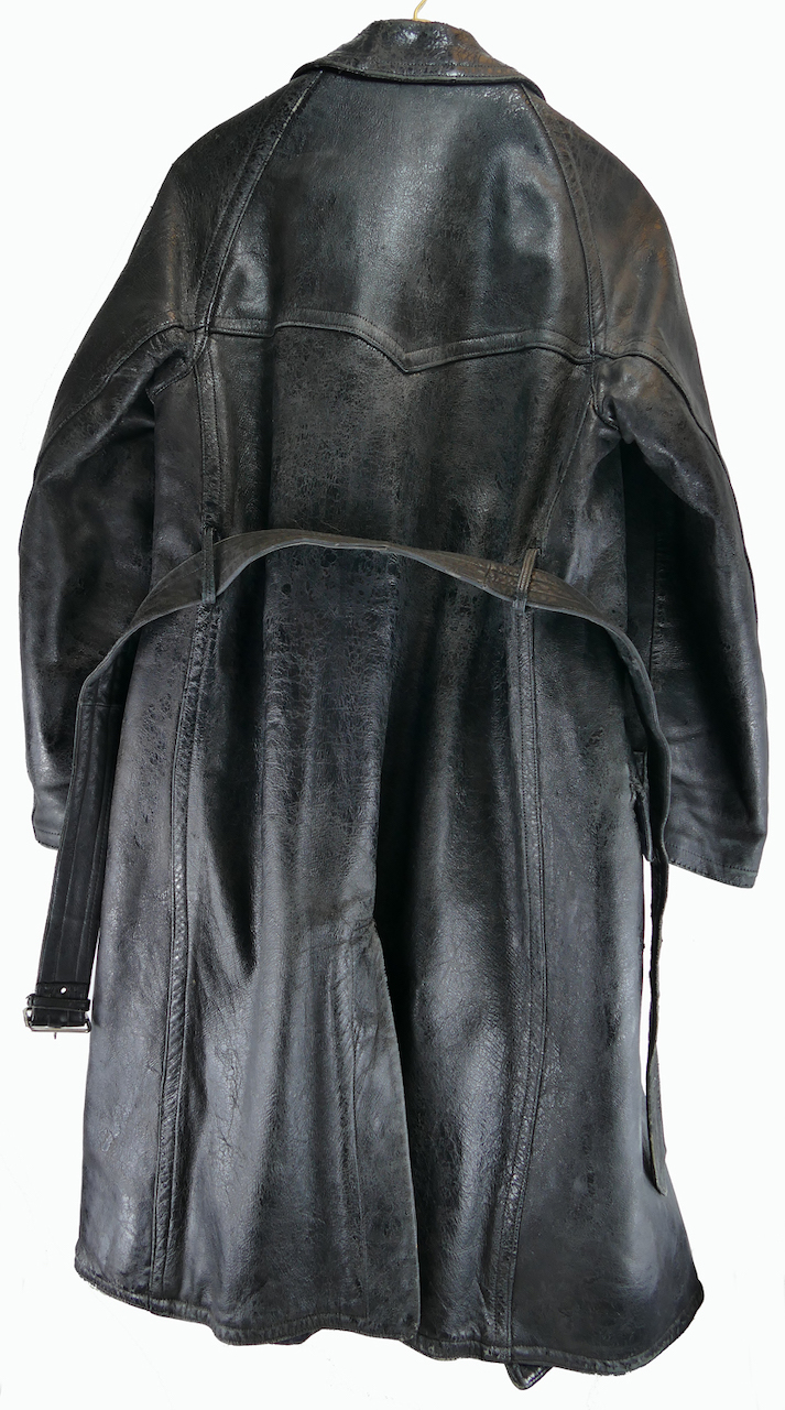 soviet_WWII_air_force_pilot_leather_coat_4.jpg