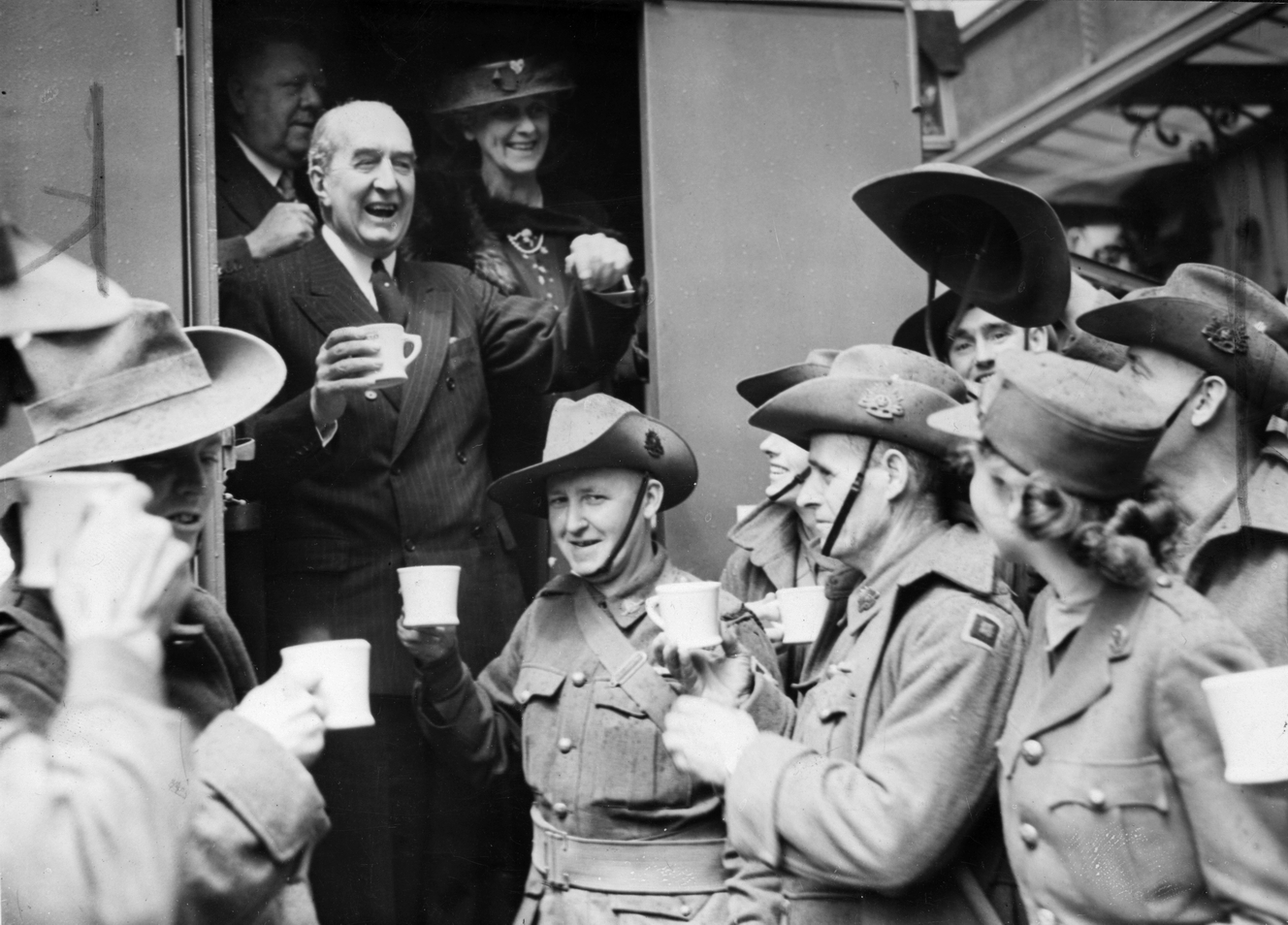 Stanley_Bruce_and_the_Troops.png