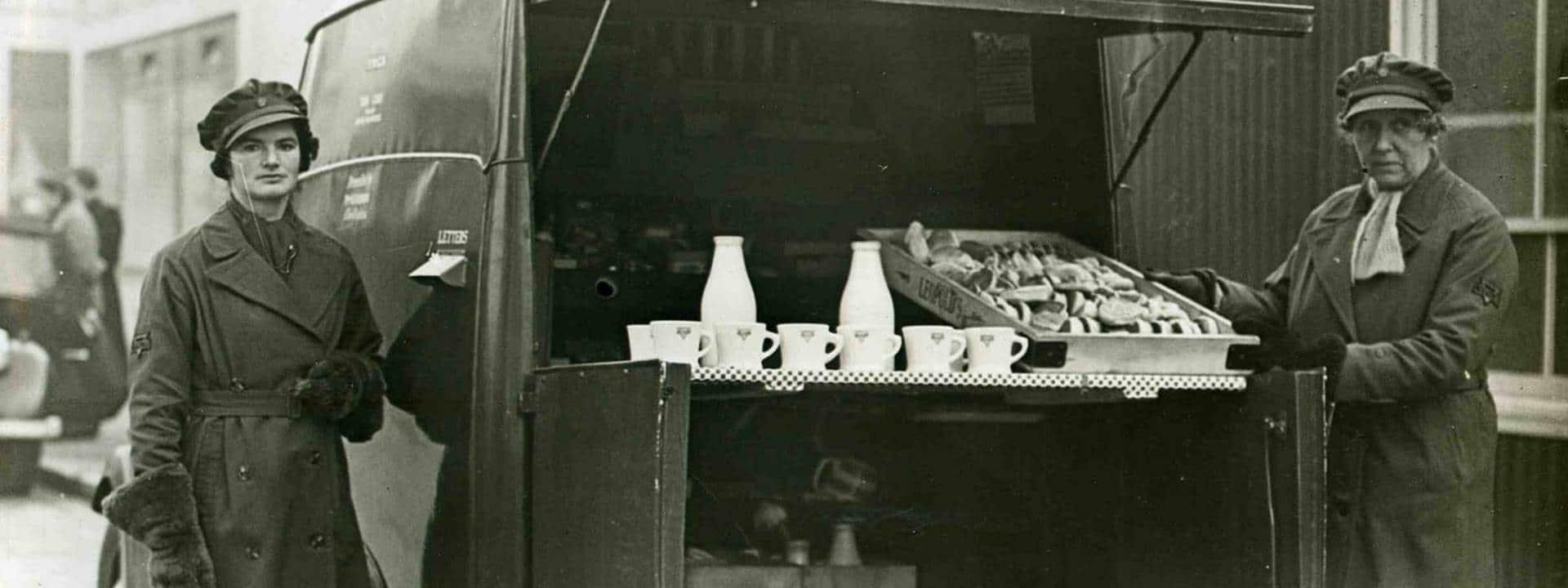 WWIIYMCAMUGS.jpg
